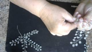 Веточка гипсофилы из бисера. Мастер - класс. Бисероплетение.Video 99