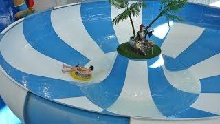 """Funtasia Waterpark Drogheda - """"Superbowl"""" Space Bowl Trichterrutsche Onride"""