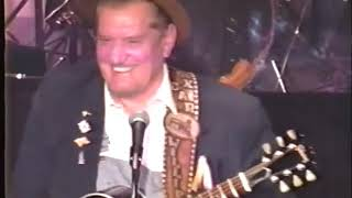 Boxcar Willie & Chuck Jennings - Whoopin' List