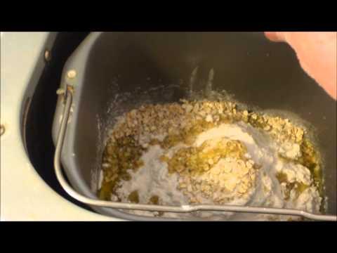 , Sunbeam Programmable Bread Maker, 2 Pound, White (005891-000-000)