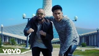 Descargar MP3 Chino y Nacho - Andas En Mi Cabeza ft. Daddy Yankee (Video Oficial)