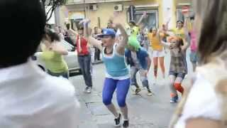 preview picture of video '19 Giugno 2011 [Maddaloni] Flash Mob per la Notte Bianca dello Sport (Short Version)'