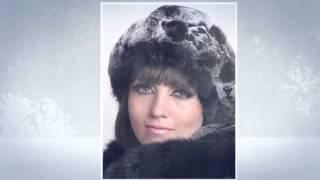 Стильные женские зимние шапки сезона 2015