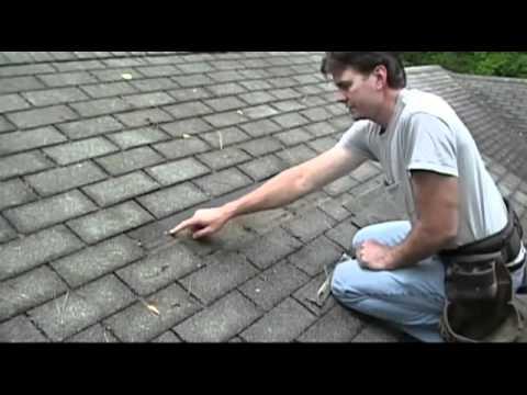 Удаление битумной черепицы для ремонта крыши
