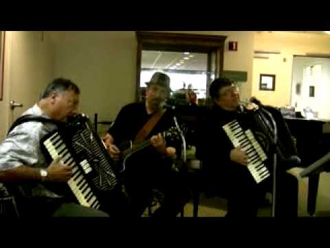 "Trio Davide - ""O Sole Mio"" - [OFFICIAL VIDEO]"
