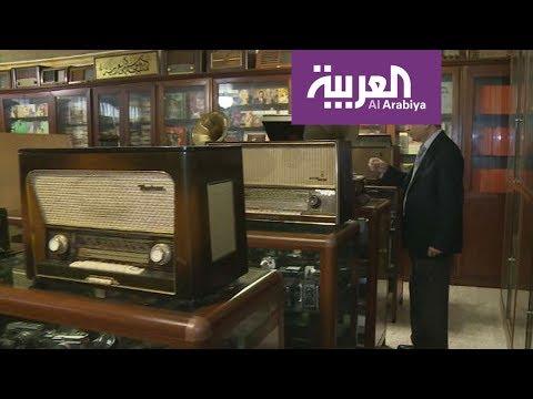 العرب اليوم - شاهد: لبناني يحول منزله إلى متحف لروائع الموسيقى العربية