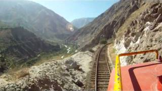 preview picture of video 'Tren Lima a Huancayo desde la locomotora'
