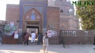 preview picture of video 'Pakistan The Beautiful | Multan Mausoleums I - Sheikh Baha-Ud-Din Zakria & Shah Rukn-e-Alam'