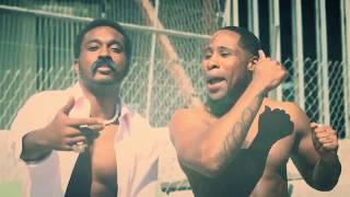 Mic Ross ~ Flexed Out ft. Rush Nicklez & Skee (Official Music Video)