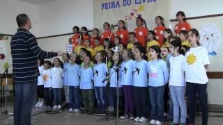 Coro Infantil Marinheira (Al Shlosha D'varim)
