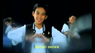 (Best Song) Sahabat - Super 7 (with Lyric)