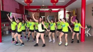 (NameWeeTokok Thai Cha Cha 泰国恰恰舞蹈) 黄明志主唱马来西亚活力四射舞团示范