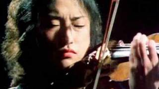 Kyung Wha Chung plays Stravinsky violin concerto (excerpt from Tony Palmer film)