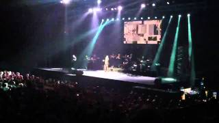 John Farnham - Let me out @ Sydney 24/10/2011