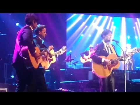 Cliff Richard In Manila 2013 Evergreen Tree With Itot Mp3