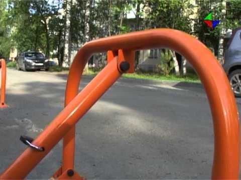 Жильцы домов по улице Победы сами оборудовали во дворе  удобную парковку