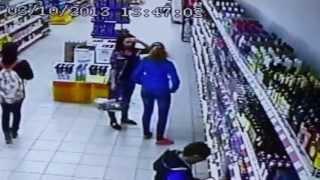 Происшествие в магазине. Incident in the store.