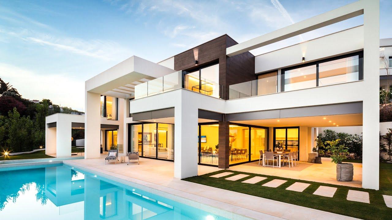 Impressive Modern Villa in La Cerquilla, Nueva Andalucia