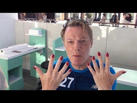 Eddie on coming out as transgender - Eddie Izzard: Marathon Man - BBC Three