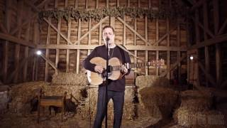 'Kicking Roses'   Benjamin Francis Leftwich  In The Woods Barn Session 2016