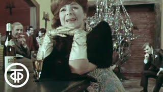 """Кабачок """"13 стульев"""". Серия 1. Новогодний (1969)"""