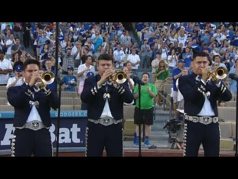 Mariachi band plays national anthem
