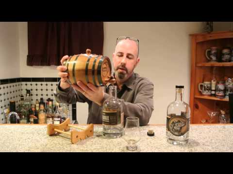 Climax AGED (?) Moonshine REVIEW!  E-man Booze!