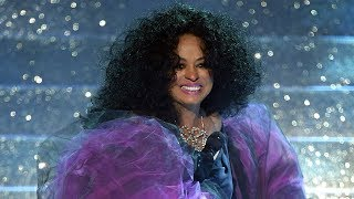 Diana Ross BELTS Hits & Dances With Adorable Grandkids At 2017 AMAs