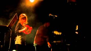 Chvrches - Night Sky ( new song ) - Live @ The Echo 3-12-13 in HD
