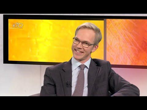 Archiduc Imre de Habsbourg-Lorraine. Il parle de finance éthique et des accueil Louis et Zélie