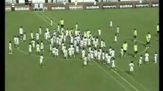 Смотреть онлайн Реал Мадрид играет против китайских детей