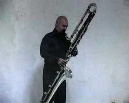 "Marco Mazzini plays Alex Shapiro's ""Deep"" (contrabass clarinet)"