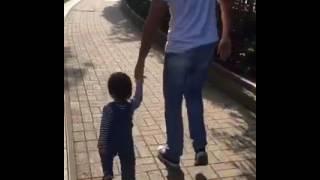 周汶錡囝囝 👶🏻 ☀️🐒🌳🌾🐞 walk to the park with papa