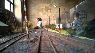 preview picture of video 'Mit lát a mozdonyvezető? Vasútmodell kiállítás 2014 - Győr Vasútállomás (gyorsított)'