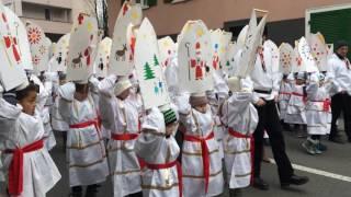 スイス発 クラウスヤーゲン 子供の部 手作り帽子のグループ【スイス情報.com】