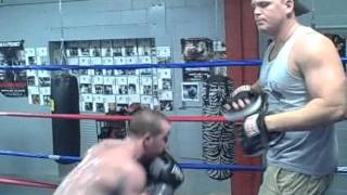 Boxing Training Lessons- Boxing Defense Head Movement Drill.