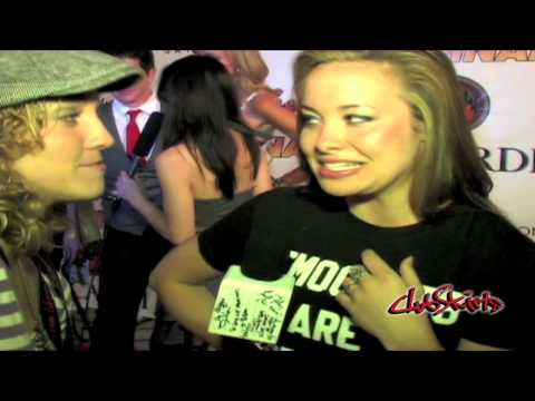 Club Skirts Dinah Shore - Red Carpet HILARIUM @ Dinah Shore Weekend 2010 LESBIAN MADNESS!