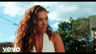 Kylie Morgan Outdoor Voices