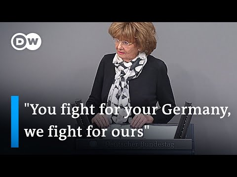 Holocaust survivor calls out far-right opposition at Holocaust Remembrance Day speech | DW News