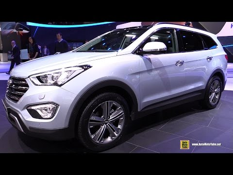 2015 Hyundai Grand Santa Fe 2.2 CRDi Diesel 4WD - Ext,Interior Walkaround - 2015 Geneva Motor Show