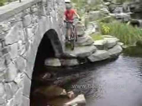 騎腳踏車最高境界...