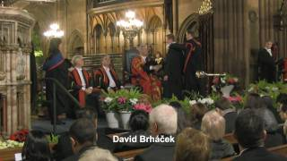 preview picture of video 'UWS Graduation Ceremony 18th of November 2010 in Paisley'