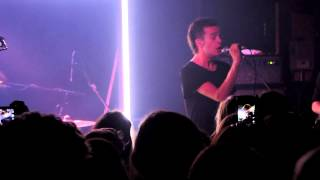 M.O.N.E.Y - The 1975 (Live in Denver)