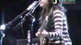 Gambar cover J ROCKS feat PRISA KAU CURI LAGI Live
