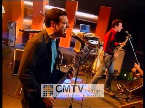 Catupecu Machu video Y lo que quiero es que pises sin el suelo - CM Vivo 2001