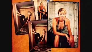 Emma Thompson-Fairground Attraction- Find my love