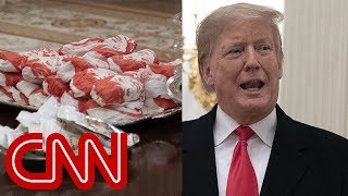 Trump caters fast-food feast for Clemson Tigers