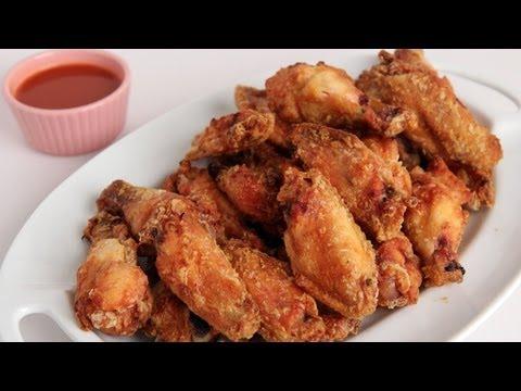 Crispy Homemade Wings Recipe – Laura Vitale – Laura in the Kitchen Episode 277