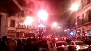 preview picture of video 'Algerie 3 Egypte 1- 2009 Défilé a beb el oued -trois horloge-'
