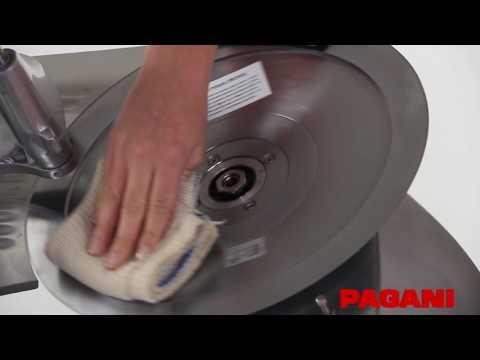 Limpieza de las cortadoras de fiambre Pagani